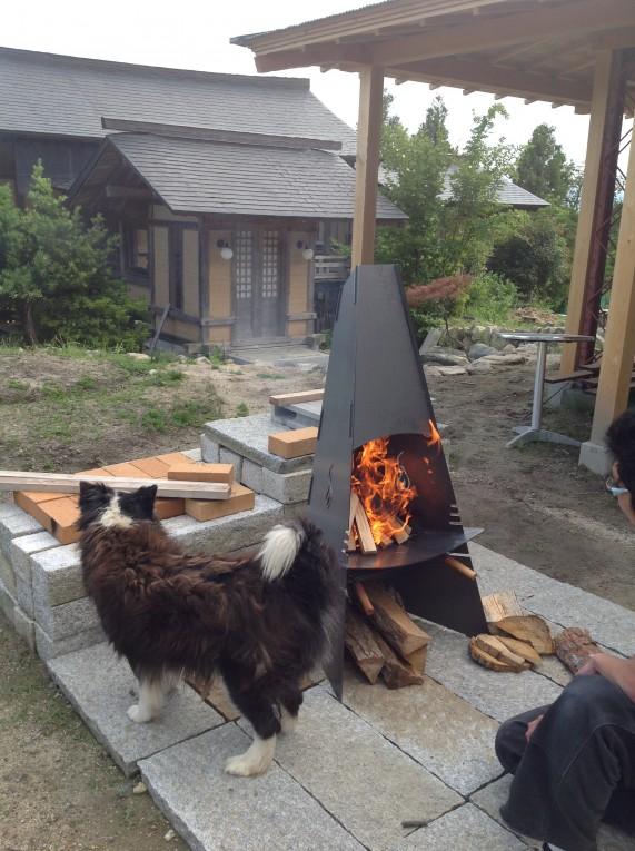 アウトドアストーブ/屋外ストーブ(焚き火台)