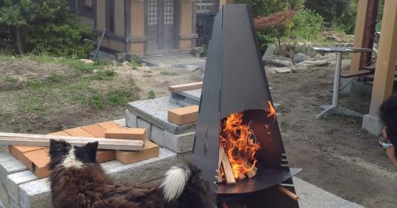 屋外ストーブ(焚き火台)を納品