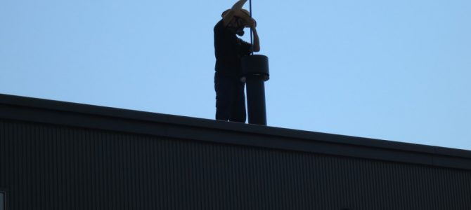 薪ストーブ煙突掃除のシーズンです