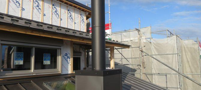 滋賀県彦根市で薪ストーブ煙突先行工事